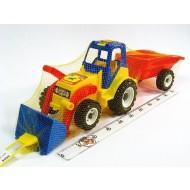 Traktors ar piekabi